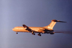 Fenton-VC10-flypast.-Passing-out-Parade-mid-80s